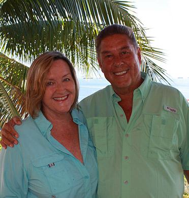 Hiddo and Cynthia from Cerrito Tropical EcoLodge Taboga Island