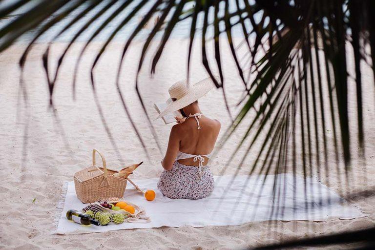 Romantic Tropical Dining taboga island panama